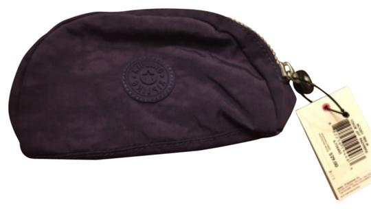 Preload https://img-static.tradesy.com/item/12375730/kipling-cosmetic-bag-0-1-540-540.jpg