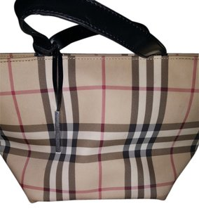 Burberry Chic Small Satchel in Nova check