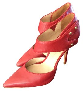 Elizabeth and James Pump Gold Tone Closure Red Pumps