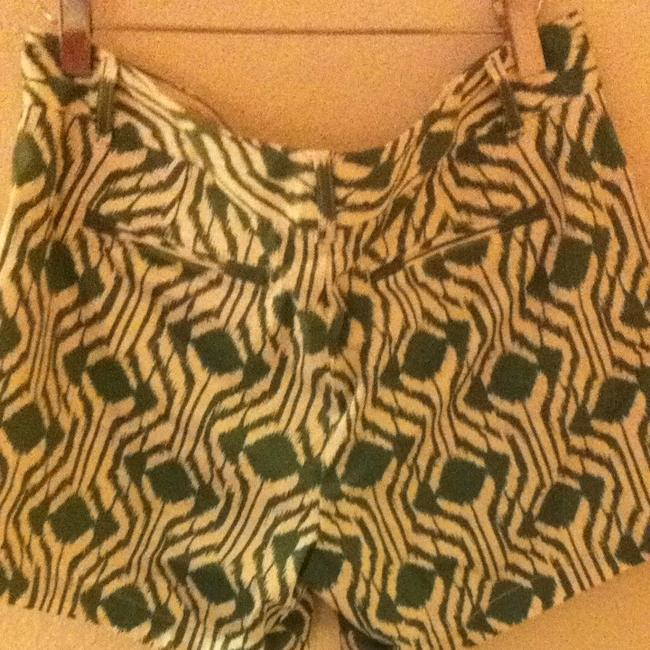 Banana Republic Shorts Green And White