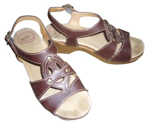 Dansko Sigrid Comfort Dark Brown Sandals