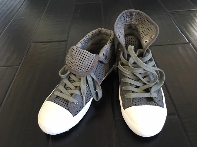Item - Grey with Army Green Accents High Tops Suede Perforated Sneakers Size US 5.5 Regular (M, B)