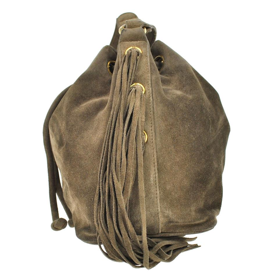 Chanel Drawstring Fringe Cc Logos Brown Suede Vtg Shoulder Bag - Tradesy 2eb56a238e621