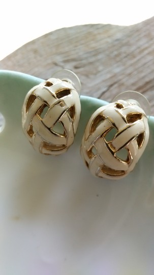 Other Basket Weave Earrings Image 3