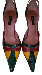 N.Y.L.A. multicolor Pumps
