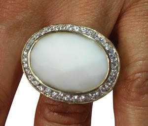 Sterling Silver Ring with Cubic Zirconia & Synthetic Oval white Agate