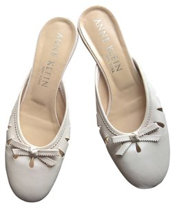 Anne Klein Leather Blush Pink Ballet Flats