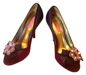 Betsey Johnson Bow Heels Slip On Purple Pumps