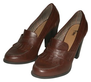 Fioni Cognac Brown Platforms