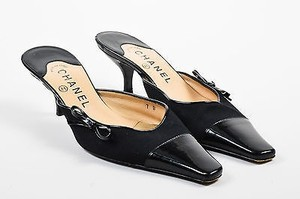 Chanel Bow Detail Black Mules
