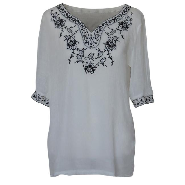 White Embroidered Tunic with Floral and Stars Design Blouse Size 24 (Plus 2x) White Embroidered Tunic with Floral and Stars Design Blouse Size 24 (Plus 2x) Image 1