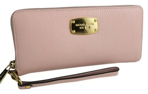 Michael Kors MICHAEL KORS Jet Set Travel Continental Leather Blossom Pink Wallet Wristlet NWT