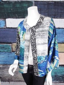 Chico's Asian Inspired Nothing Matches Art To Wear Artsy Kimono 1 Blue, Black Jacket