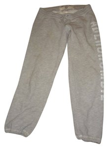 Abercrombie & Fitch Capris grey