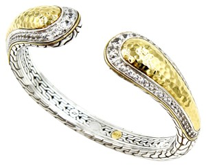 John Hardy John Hardy Palu Kick Cuff in 22k Yellow Gold and 925 Sterling Silver with White Topaz. Size Medium, 6.5