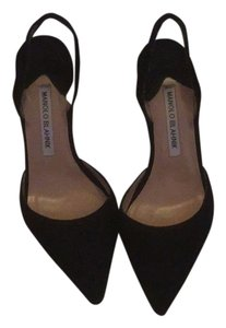Manolo Blahnik Blk Pumps