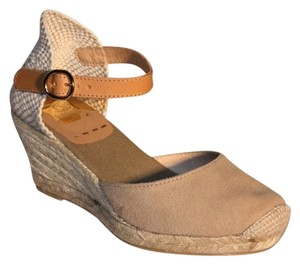Kanna Beige Wedges