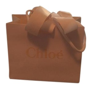 Chloé WHITE CHLOE SHOPPING BAG bow attached.