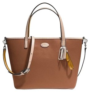 Coach Leather Tote in Saddle / Brown