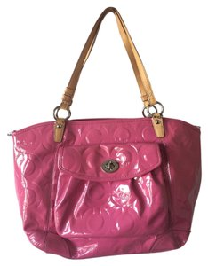 Coach Patent Patent Tote in Pink