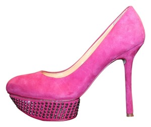 Gianni Bini Pink Pumps