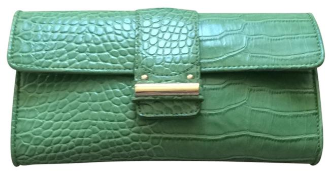 Item - Light Green Clutch