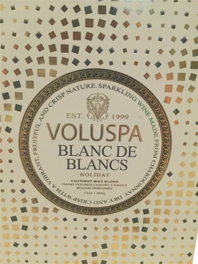 VoluSpa VOLUSPA CLASSIC MAISON CANDLE WITH LID - BLANC DE BLANCS