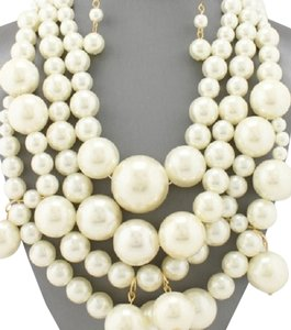 Other Mltistrand Chunky Chic Pearl Necklace and Earrings