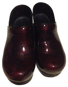 Dansko Candy Apple Red patent leather Candy apple red Mules