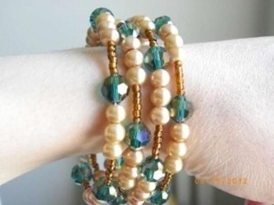 Other Turquoise green Swarovski crystal gold pearls bronze memory wire bracelet