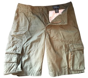 Ralph Lauren Boys Size 18 Fit Women's Size 6 Pet-free + Smoke-free Home 2 Side Pockets 2 Front/Hand Pockets 2 Back Pockets Cargo Shorts army green