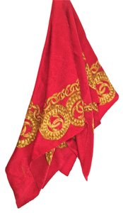 Chanel Coco Chanel Chain Red Gold Link Paisley Silk Scarf