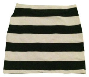 Divided by H&M Skirt Navy and White