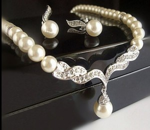 Set Wedding Bridal Pearl Jewelry Set Silver Plated Necklace Earrings