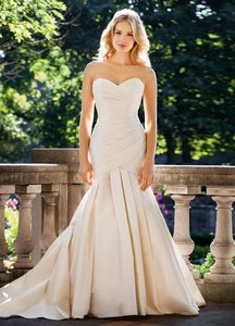 Lea-Ann Belter Candice Wedding Dress