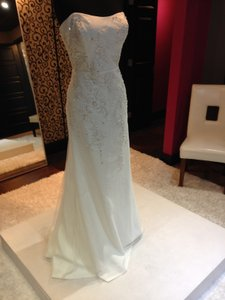 Enzoani Bt14-19d Wedding Dress