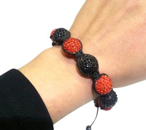 DeWitt's SHAMBALLA BRACELET DISCO BALLS-15 MM CRYSTAL RED/BLACK BEADS