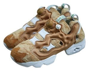 Reebok Collector's Special Edition Taffy/White/Wheat/Brown Athletic