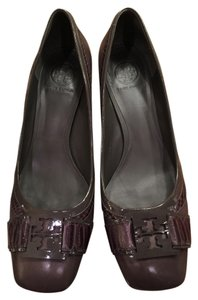 Tory Burch Smokey eggplant Pumps