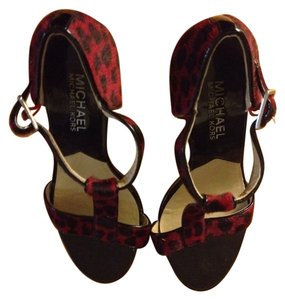 MICHAEL Michael Kors Red And black Platforms