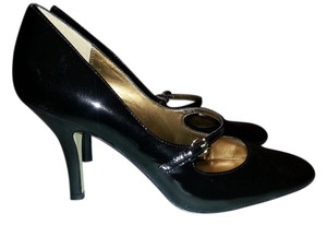 Anne Klein Mary Jane black patent leather Pumps