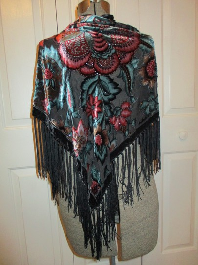 Kenneth Cole Kenneth Cole fringed wrap