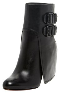 Vera Wang Lavender Label Stiletto Trend Unique Contemporary Leather Heel Black Boots