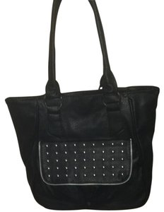 Alt. B Tote in Black