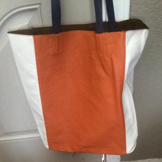 Med Tote in Orange & White