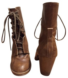 London Rebel Ankle Distressed Faux Leather Short Heeled Brown Boots