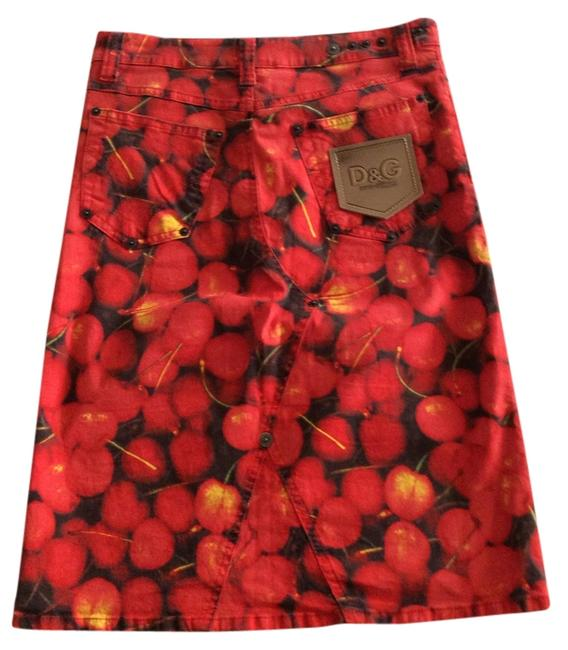 Preload https://item3.tradesy.com/images/dolce-and-gabbana-red-cherry-pencil-knee-length-skirt-size-4-s-27-1244062-0-0.jpg?width=400&height=650