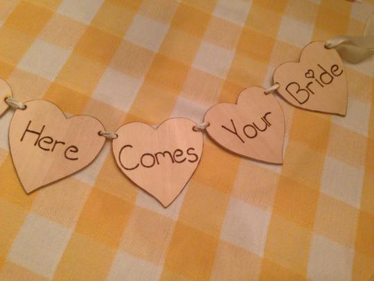 Homemade 'here Comes Your Bride' Sign