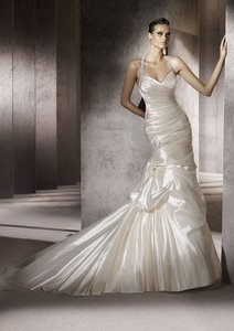 Pronovias Porto Wedding Dress