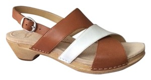 Dansko Caramel White Sandals
